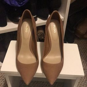 Aldo suede tan shoes 7.5 EUC
